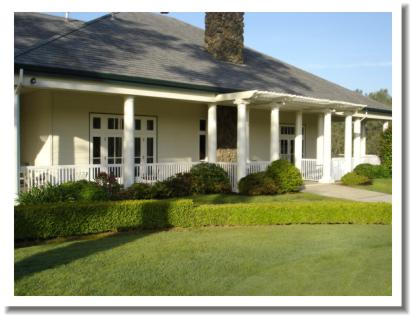 tierra-oaks-golf-club-clubhouse-1