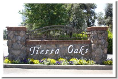 tierra-oaks-golf-club-entry