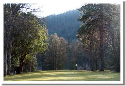 trinity-alps-golf-course-4f
