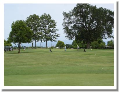 Tucker Oaks Golf Course - Hole 8