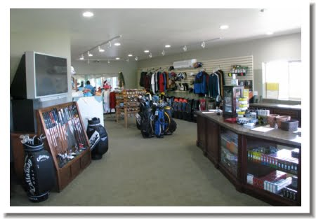 Wilcox Oaks Golf Club - Clubhouse interior